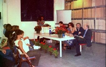 Conferenza in biblioteca